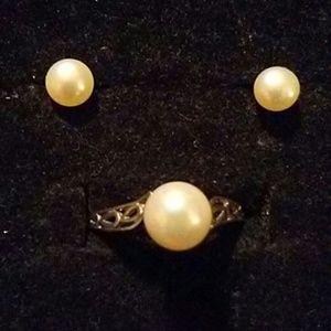 Pearl Ring& Earrings